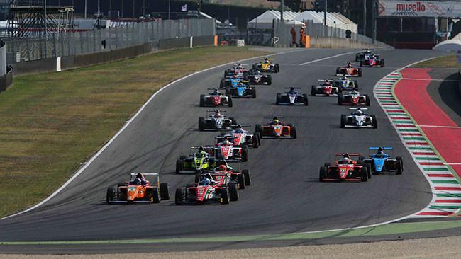 Ralf Aron centra la vittoria anche in Gara 3