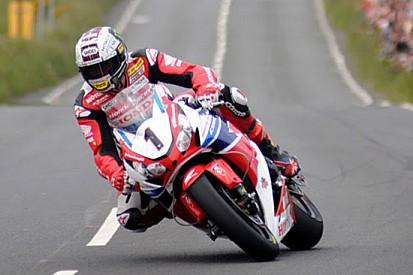Continua la leggenda di McGuinness nel Senior TT