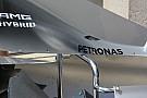 Mercedes: c'è una protuberanza nel cofano motore