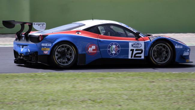 GT3: Frassineti e Beretta imprendibili a Vallelunga