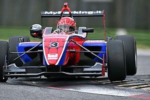 Formula Abarth - Italia Ultime notizie Piero Longhi vince Gara 1 a Imola