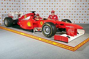 La Ferrari F1 di LEGO arriva a Roma con la Shell