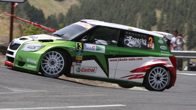 Salento, PS6: Kopecky porta in testa la Skoda