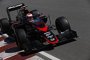 فورمولا 1 أخبار عاجلة فريق مكلارن ينجح في إختبارات أنف سيارته الجديد