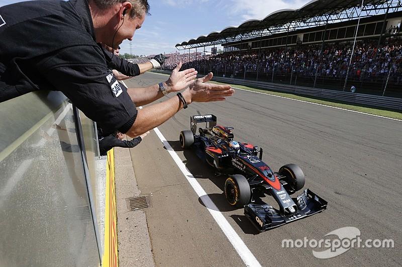 """Dennis dice que el ritmo de McLaren está listo para """"encenderse"""""""