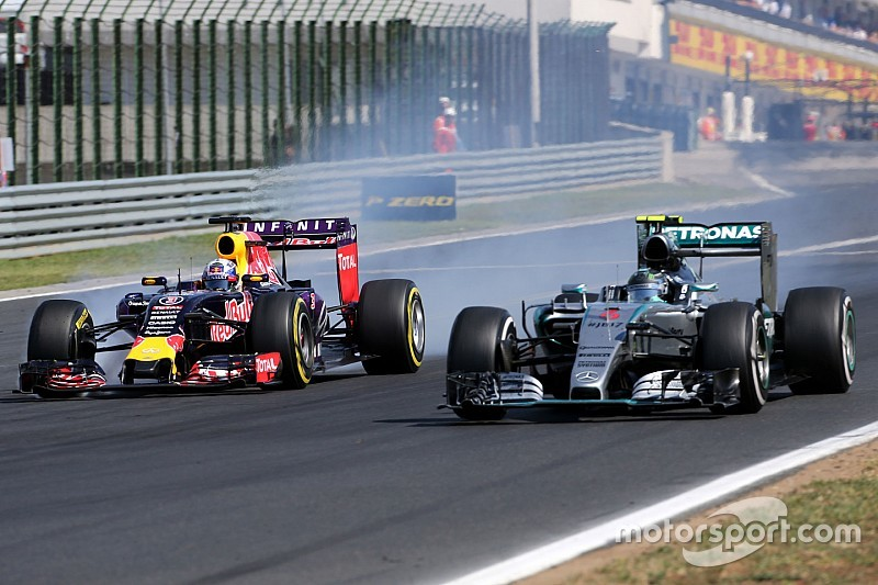 Mercedes in two minds over Red Bull deal