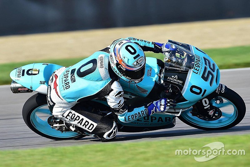 Kent, líder del torneo de Moto3, en charlas para subir a MotoGP