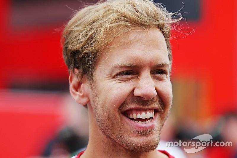 """Vettel: """"900° GP della Ferrari, che orgoglio esserci!"""""""