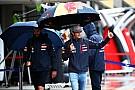 Com chuva e apenas 12 carros marcando tempo, Sainz Jr. é 1º