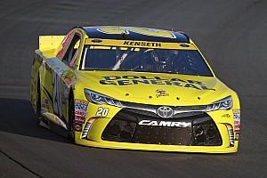 NASCAR Cup Relato de classificação Kenseth larga na pole para etapa de Charlotte