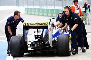 Формула 1 Пресс-релиз Эрикссон: Утром возникли проблемы со сцеплением