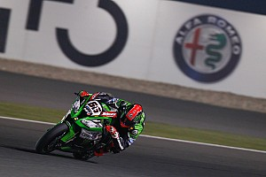 World Superbike Qualifying report Qatar WSBK: Sykes beats Rea to take final pole of 2015