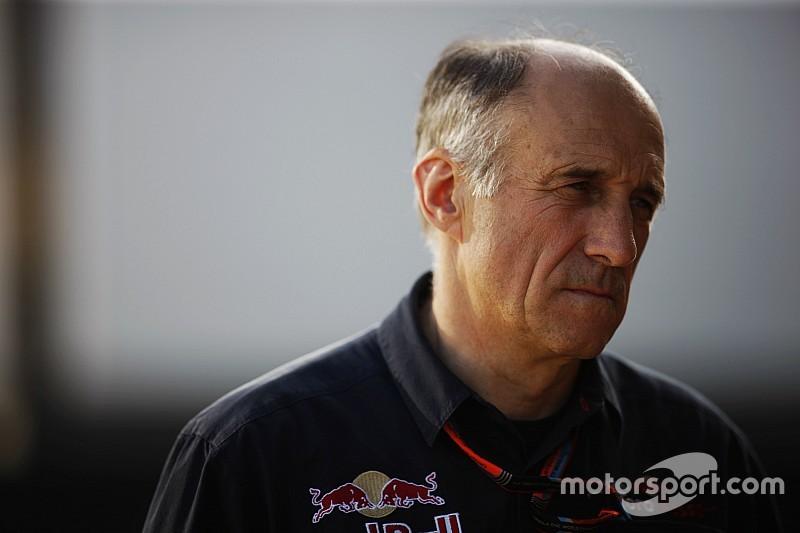 В Toro Rosso начали работать в три смены