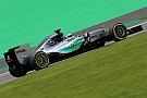 Hamilton, inconforme con la estrategia de Mercedes