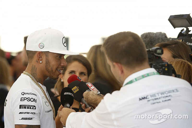 Verifiche FIA: si smontano i motori di Hamilton e Vettel