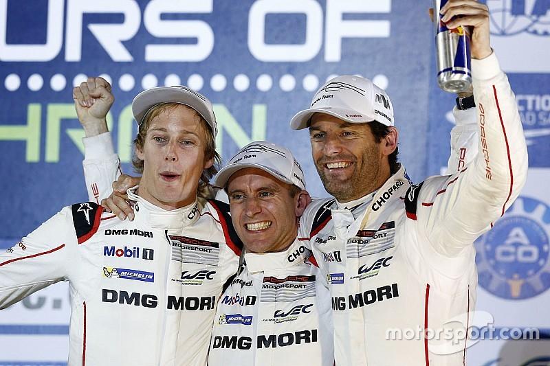 Mark Webber lovend over teamgenoten + video