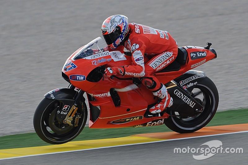 Stoner hará su regreso a Ducati en enero