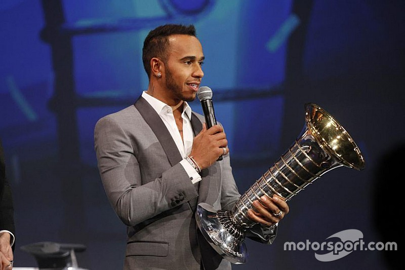 Hamilton encara Messi, Cristiano Ronaldo e Bolt em premiação