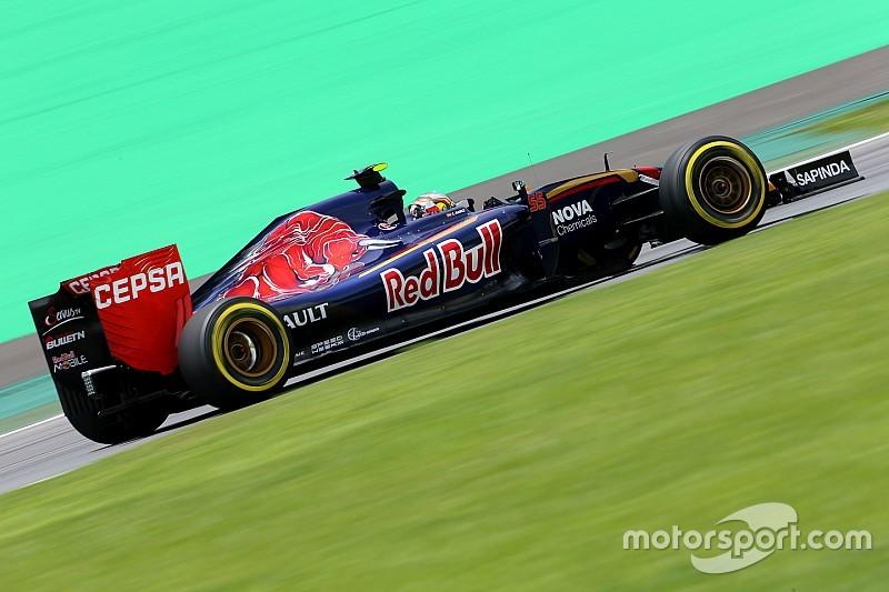Sainz tiene reserva de correr con un motor viejo