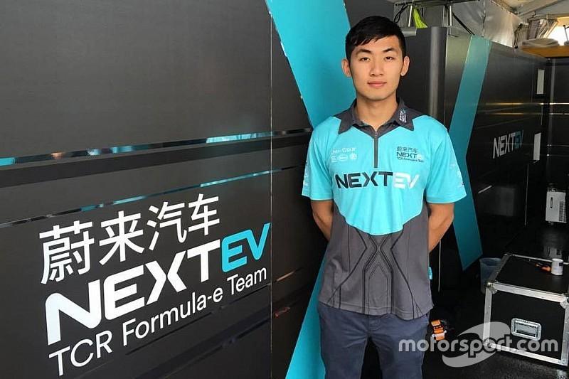 张大胜首测Formula E赛车