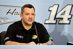 NASCAR Cup Special feature Top Stories of 2015; #11: Tony Stewart announces 2016 retirement plan