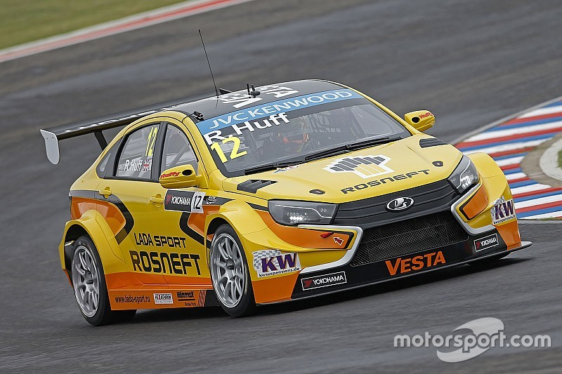 Gabriele Tarquini is set to be handed a WTCC reprieve in 2016 with the ...