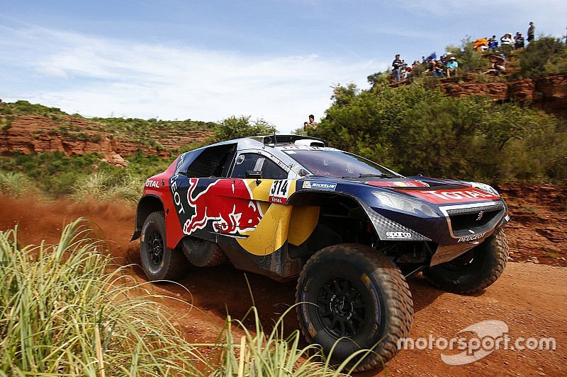 Dakar cars top 10 in photos - Voiture sebastien loeb ...