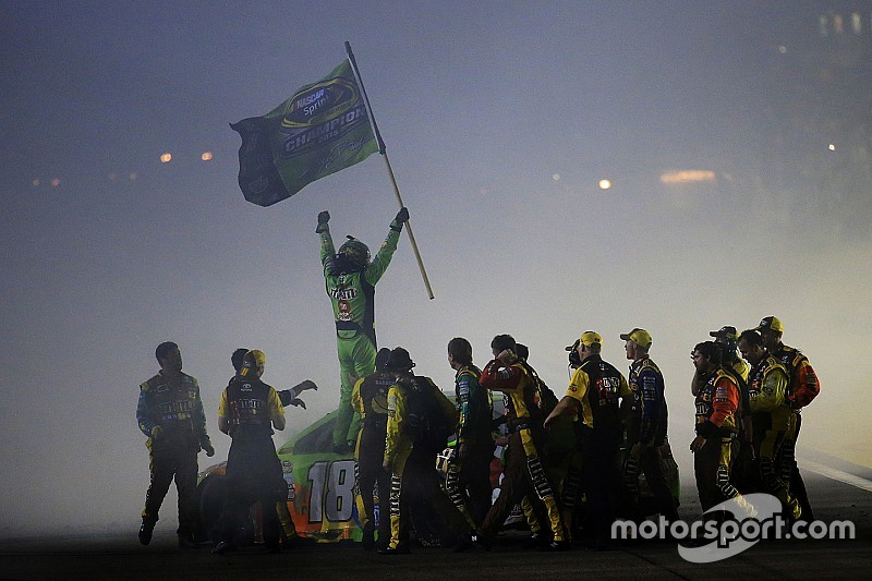 Kyle Busch named NMPA Driver of the Year