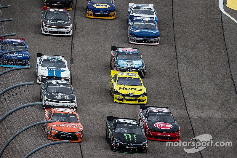NASCAR expected to unveil Chase format for Truck and Xfinity Series