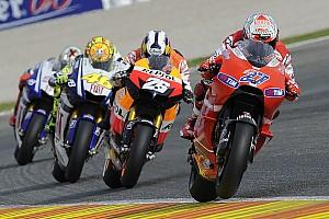 MotoGP Noticias de última hora La Ducati #27 ya está esperando a Stoner en los pits de test en Sepang