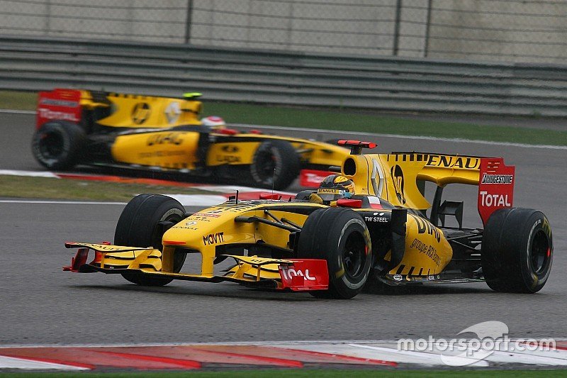 Renault could challenge for title as early as 2017, says Petrov