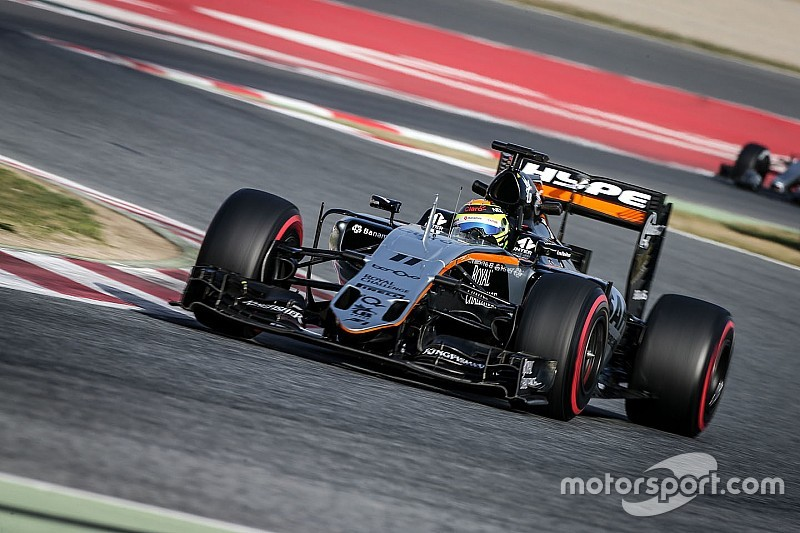 "Pérez niega que Force India se esté ""exhibiendo"""