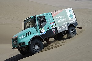 Formula 1 Special feature How can a Dakar Truck help Lewis Hamilton retain his F1 crown?