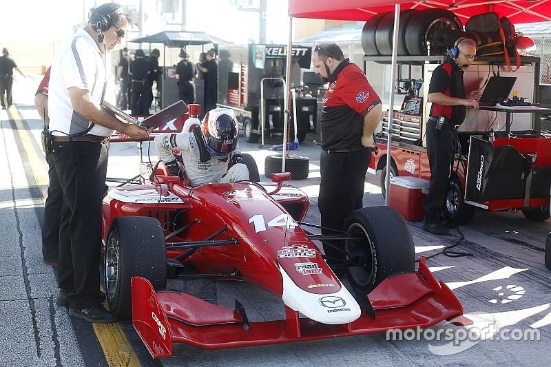 Rosenqvist lidera la primera práctica de Indy Lights