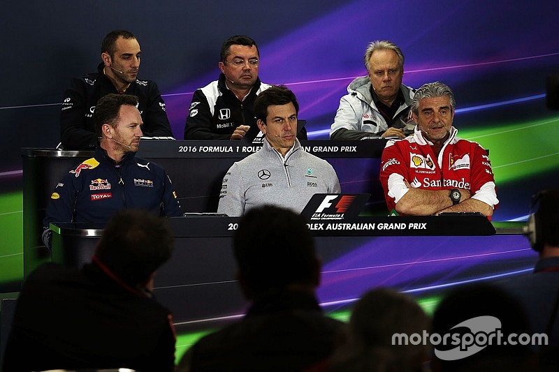 Irritadas com Ecclestone, fabricantes negam cartel na F1