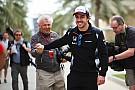 Alonso rebate ao vivo ex-piloto que pediu sua aposentadoria