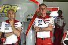 """Ducati: """"A Lorenzo le da igual quien sea su compañero"""""""