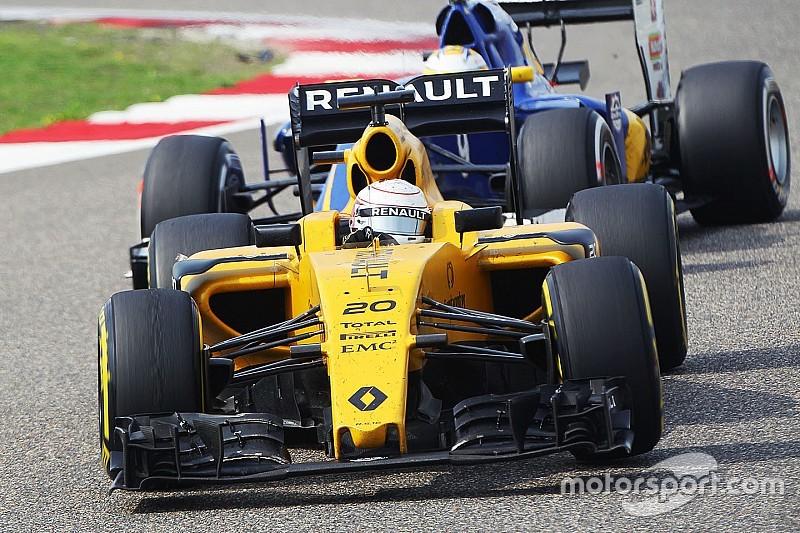 """В Renault перешли к """"более агрессивному подходу"""" в работе над машиной этого года"""