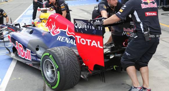 Mercedes, Red Bull'un motor haritalamasını FIA'ya sordu