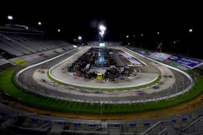 Regenreifen fürs Oval: NASCAR testet auf dem feuchten Martinsville Speedway