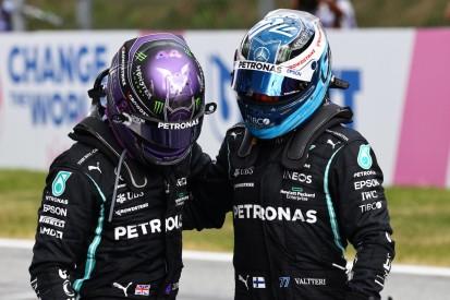 Lewis Hamilton hält sich an di Restas Ratschlag und unterstützt Bottas