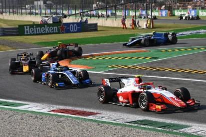 Formel 2 Monza 2021: Piastri gewinnt hinter dem Safety-Car, Zendeli punktet