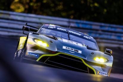 VLN/NLS 2021 Lauf 8: Aston Martin triumphiert bei Nordschleifen-Rückkehr
