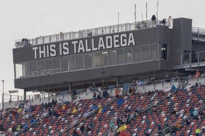 Regen in Talladega: NASCAR-Rennen auf Montag verschoben