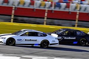 NASCAR Son dakika Ford Fusion NASCAR Sprint Cup