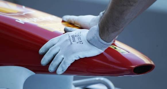 Ferrari ön kanattaki esnemenin sebebini çözemedi