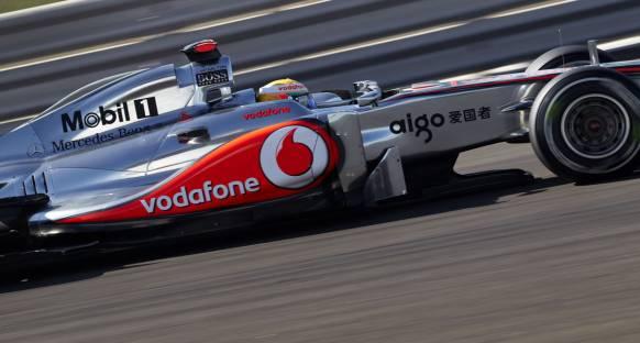 Abu Dabi Grand Prix 2011 Cuma 2. antrenmanlar - En hızlı isim Hamilton