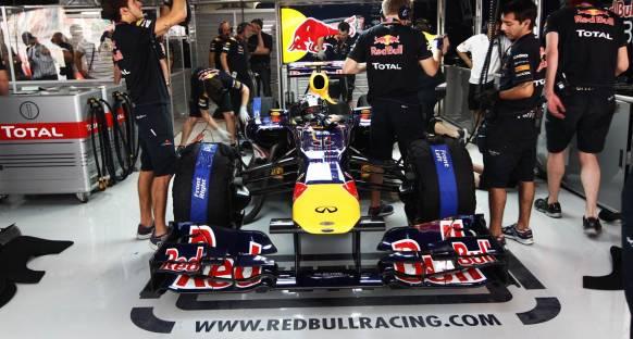 Hindistan Grand Prix 2011 Cumartesi antrenmanları - Vettel lider