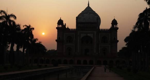 Hindistan'ta güneşli bir hava bekleniyor