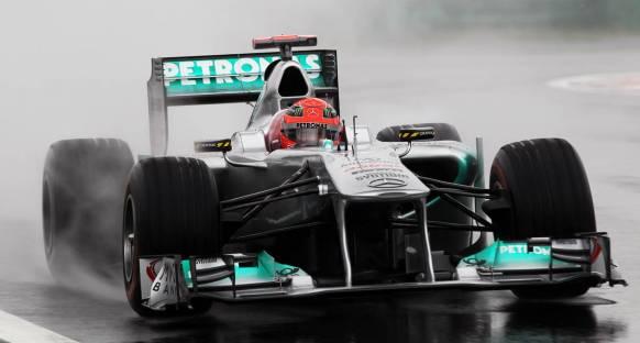 Güney Kore Grand Prix 2011 Cuma 1. antrenmanları yağmur altında geçildi